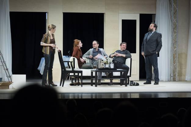 Theater Kanton Zürich gastierte mit dem Klassiker «Ein Volksfeind» in Grenchen.