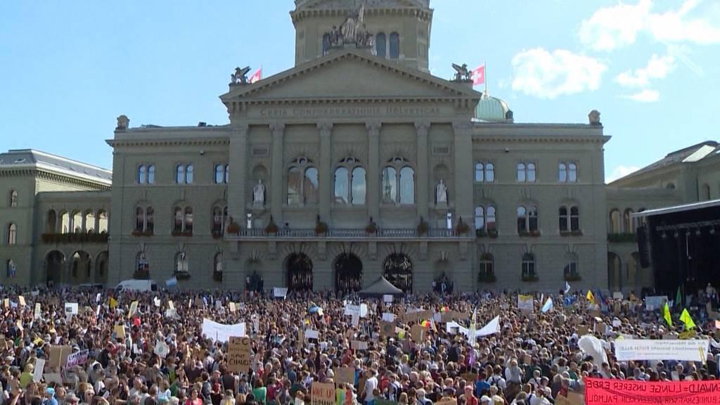 Politische Bilanz zur Klima-Demonstration auf dem Bundesplatz