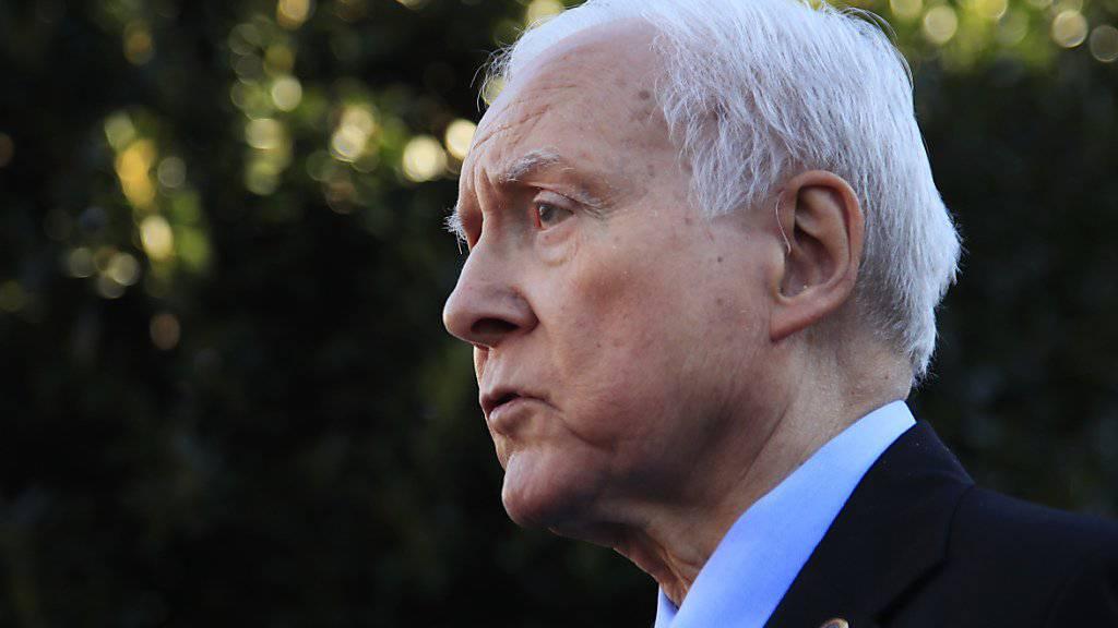 Die Republikaner in den beiden Kammern des US-Kongresses haben sich auf einen Steuerentwurf geeinigt, wie der Chef des Finanzausschusses im Senat, Orrin Hatch, sagte.
