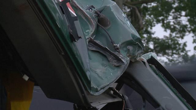 Beim Unfall wurde das Cockpit des Lastwagens stark eingedrückt.
