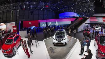 Der Genfer Autosalon will digitaler werden und sagt der Konkurrenz in Frankfurt und Paris den Kampf an. Genf werde bald die einzige Automesse in Europa sein, ist der designierte Generaldirektor Olivier Rihs überzeugt.(Archivbild)