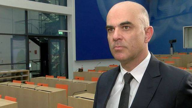 Bundesrat Berset gegen bedingungsloses Grundeinkommen