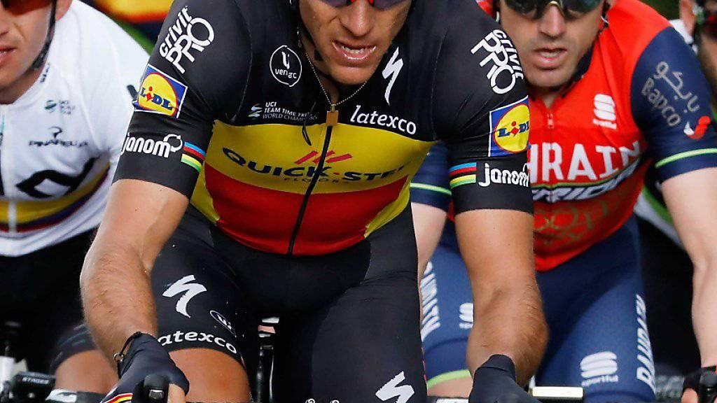 Philippe Gilbert (Mitte) muss vorerst aus sein Rennvelo verzichten