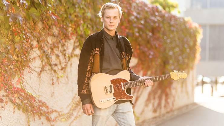 Tom Paul Fischer lebt als Musiker seine nachdenkliche Seite aus.
