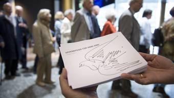 Trauerfeier für Hans Erni im Luzerner Verkehrshaus