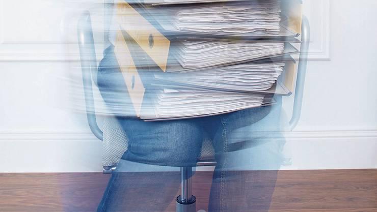 Wenn Arbeit krank macht: Der Stress alleine ist selten die Hauptursache. Oft geht es um Beziehungsprobleme.