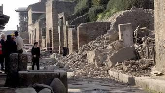 In Pompeji stürzten bereits etliche antike Mauern ein (Archiv)