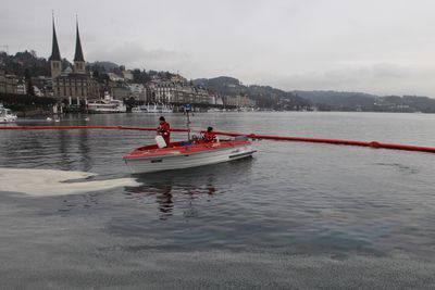 Ölteppich im Luzerner Seebecken