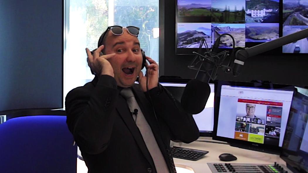 Sergio Sardella zeigt die neuen Radio Pilatus-Studios