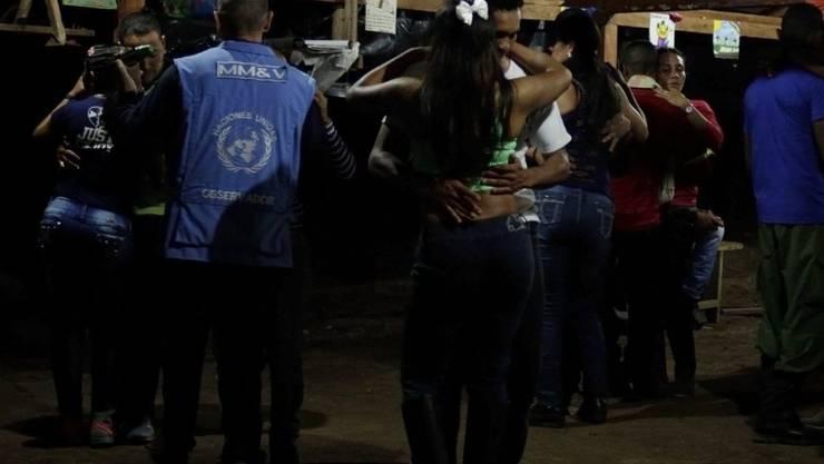 Dieser Tanz mit FARC-Mitgliedern kostete vier UNO-Beobachtern den Posten