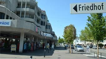 Das menschenleere Zentrum in Reinach soll einmal pro Monat zum Festgelände werden.