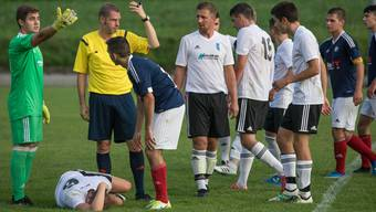 Bei Fehlentscheiden der Buhmann, bei guten Leistungen selten honoriert, dies das Los der Schiedsrichter.