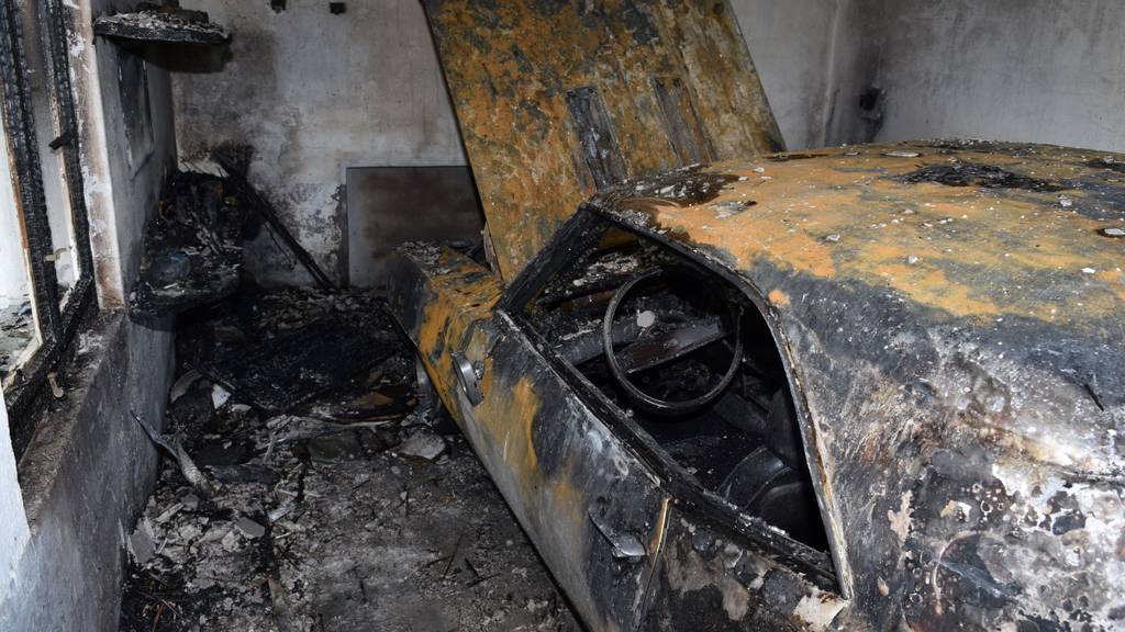 Zehntausende Franken Sachschaden nach Autobrand
