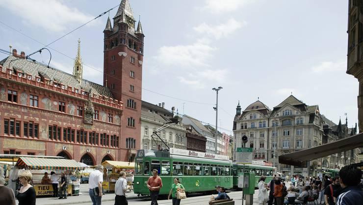 Marktplatz in Basel.JPG