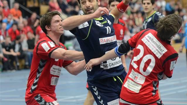 Manuel Laesser (links) und Bojan Stojakovic (rechts) konnten keine Schützenhilfe bieten. Foto: Wagner/Archiv