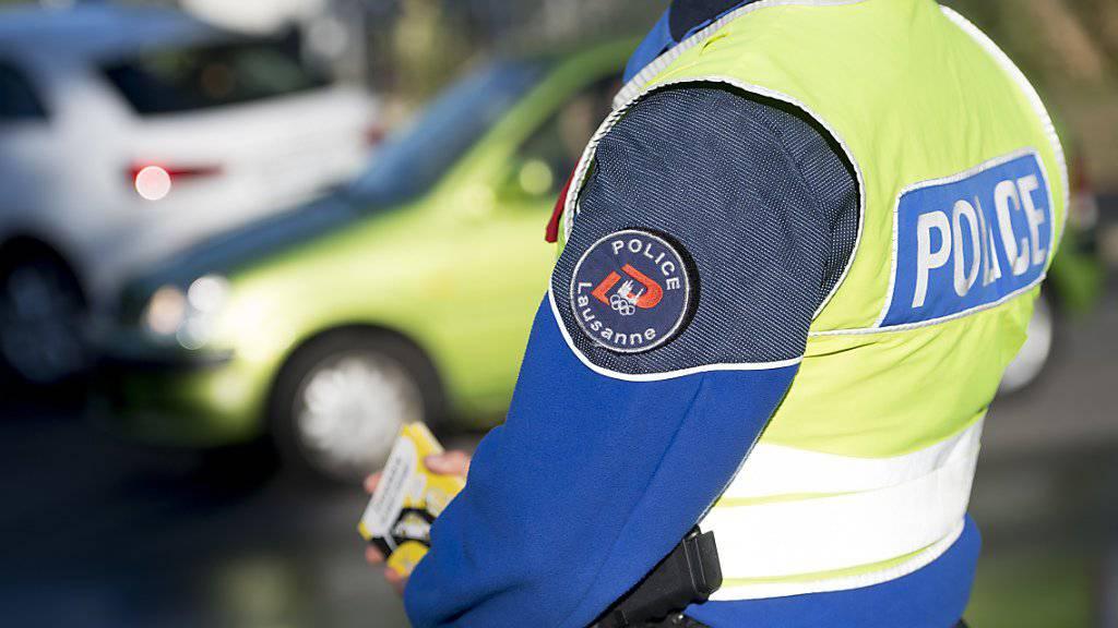 Eine Patrouille der Lausanner Gemeindepolizei konnte den Dieb auf der Flucht festnehmen. (Symbolbild)