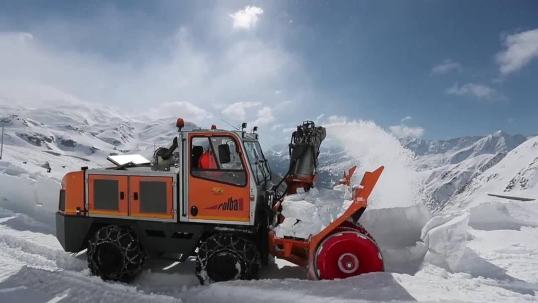 Der Gotthardpass wird geräumt