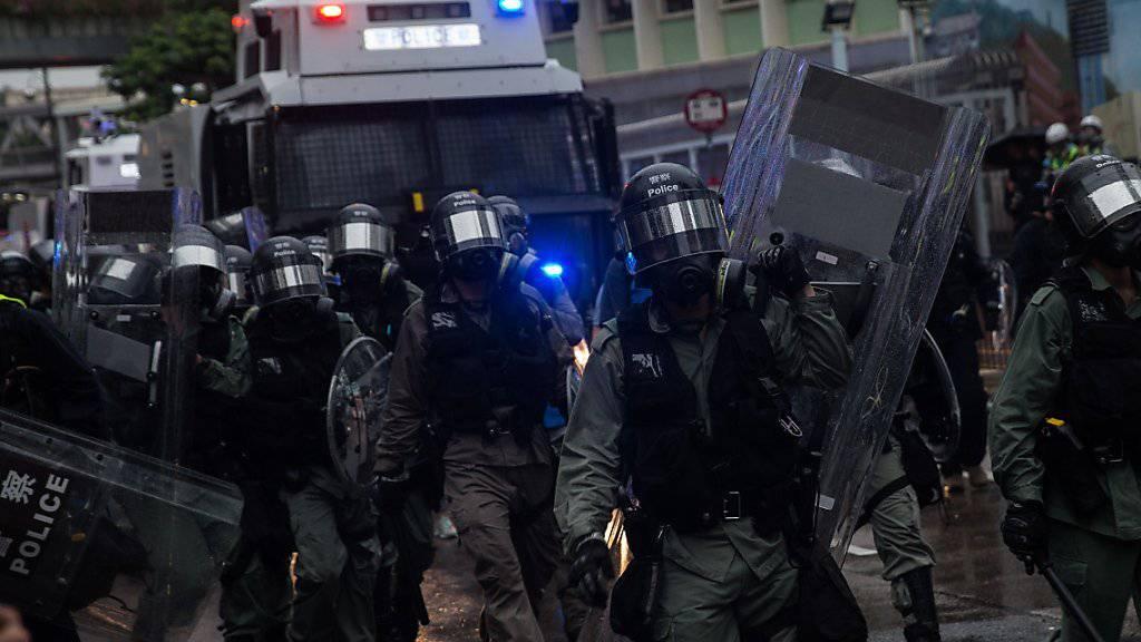 Zusammenstösse zwischen Polizei und Demonstranten