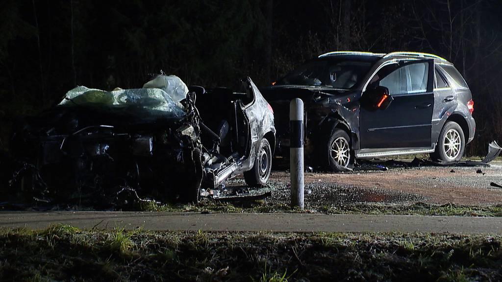 Fünf Verletzte bei Frontalkollision in Bremgarten (AG)