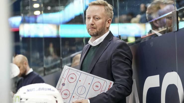 EHCO-Trainer Fredrik Söderström ist mit seinem Team auf dem richtigen Weg