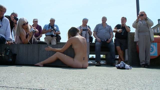 Nacktkünstler Thomas Zollinger vor Gericht