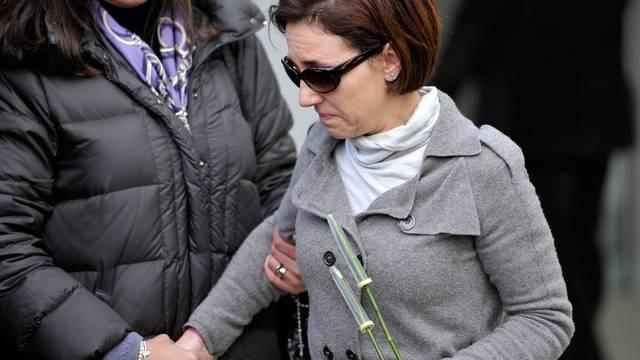 Die Mutter der verschwundenen Mädchen wendet sich an die Presse (Archiv)