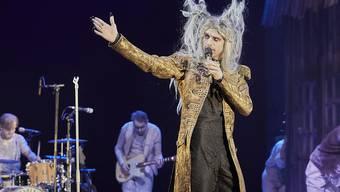 """Ab morgen wird im Berner Stadttheater das Weihnachtsmärchen """"Krabat"""" aufgeführt: Kummerbuben-Sänger Simon Jäggi alias Gevatter Tod und seine Mitmusiker vertonen das Stück live. (zvg)"""