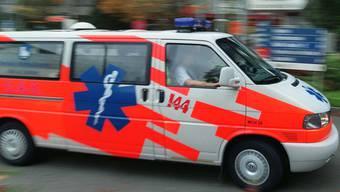 Die Ambulanz konnte nicht allen Unfallopfern helfen (Symbolbild)