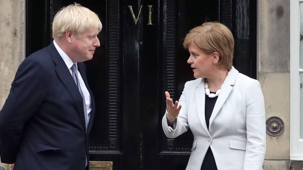 Eiszeit statt Tea Time: Johnson brüskiert Schottlands Sturgeon