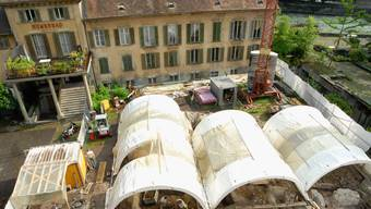 Archäologen führten 2010 Grabungen vor dem Römerbad durch. Auswertungen zeigen: Im Mittelalter kam es zu einem Ausbau der Bäder. Bisher ging man für diese Zeit von einem Zerfall aus.