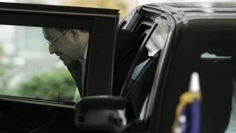 Maliki steigt vor dem Weissen Haus aus einer Limusine