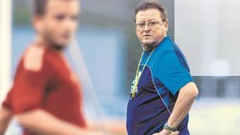«Dass ich oft mit Alex Ferguson verglichen werde, ist übertrieben», sagt Kurt Feuz, «der war doch Trainer in einer anderen Welt.»Tobias Anliker