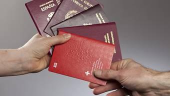 Wer den Schweizer Pass besitzt, kann in 155 Länder visafrei einreisen.