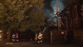 Ende Juli brannte das Bauernhaus, welches vom Golfclub unter anderem als Garderobe benutzt wurde, lichterloh. Jetzt wurde bekannt, dass ein defektes Golfcart-Ladekabel den Vollbrand ausgelöst hatte.