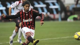 Ronaldinho erzielte per Penalty den vierten Treffer für Milan