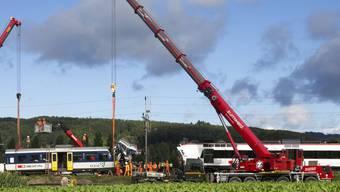 Nach der tödlichen Frontalkollision zweier Züge im waadtländischen Granges-Marnand 2013 ist die Untersuchung gegen die SBB eingestellt worden. (Archivbild)