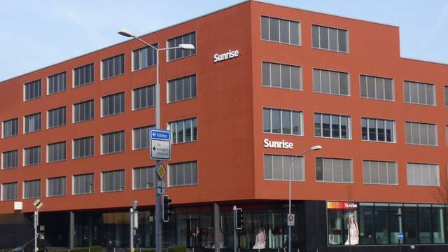 Hauptsitz der neuerdings CO2-freundlichen Sunrise in Zürich Örlikon