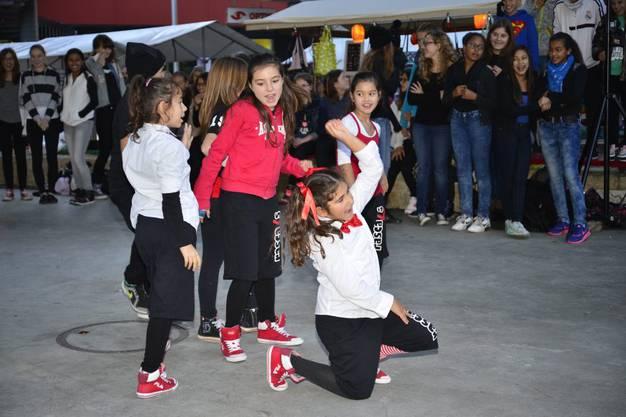 Streetdancegruppe von Sarah Cattin Steiner 1
