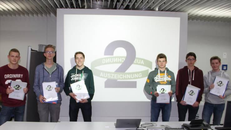 Die Gewinner der Silber-Medaille mit Elias Müller (ganz Links)