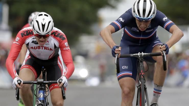 Felix Gall (links) entscheidet den Sprint gegen Clement Betouigt-Suire