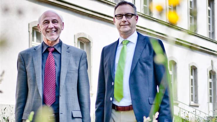 CEO Urs-Peter Müller (links) und Projektleiter Thomas Zweifel vor der Fassade des denkmalgeschützten Hauptgebäudes. Sandra Ardizzone