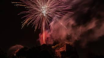 Das Feuerwerk auf dem Schloss.