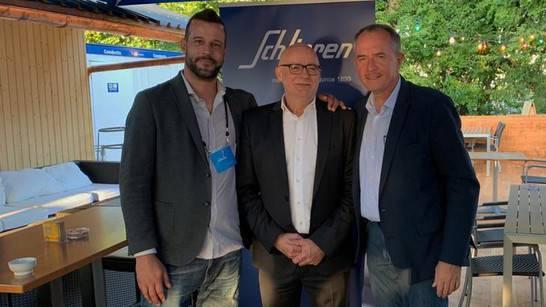 Von links: Patrick Bigler, Wagi-Museum Schlieren, Sergio Kaufmann, CEO Comdat AG, Albert Schweizer, Standortförderung Stadt Schlieren.