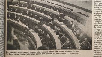 Berichte im Aargauer Tagblatt über die ersten Sitzungen der Einwohnerräte Aarau und Buchs