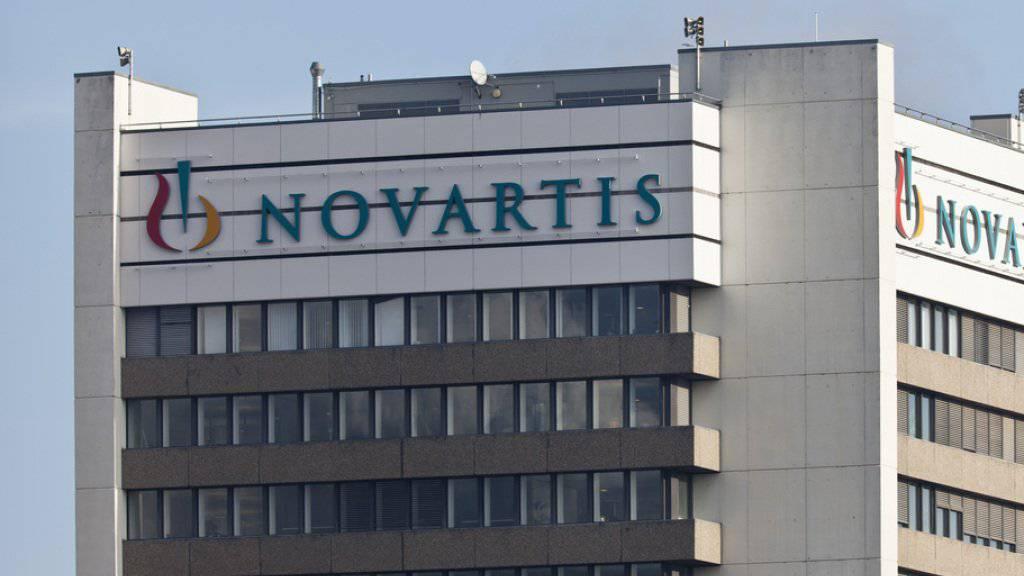 Für 13 Milliarden Dollar:  Novartis verkauft seinen Anteil am Gemeinschaftsunternehmen mit GlaxoSmithKline für nicht-verschreibungspflichtige Medikamente  an den britischen Pharmakonzern. (Archiv)