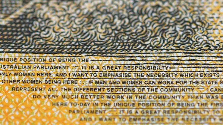 """Rechtschreibfehler auf einer 50-Dollar-Note in Australien: """"Responsibilty"""" statt """"responsibility"""" steht in kleinen Lettern geschrieben."""