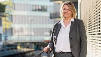 Kantonsärztin Yvonne Hummel ist als Mitglied des Kantonalen Führungsstabs im Moment sehr gefordert. Ausgleich findet sie in der Natur und ihrem Garten.