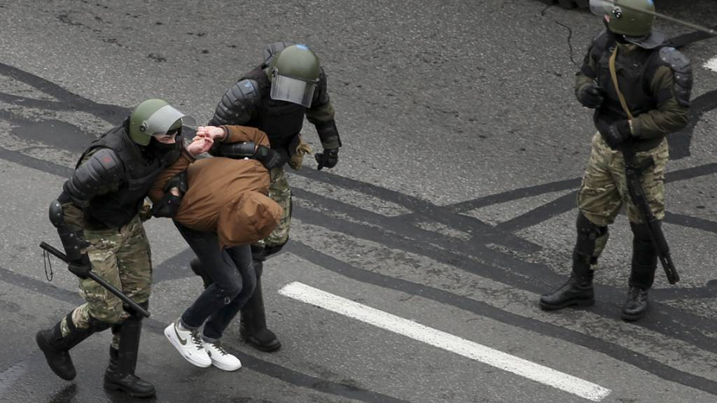 Mehr als 1'100 Festnahmen bei Sonntagsprotest
