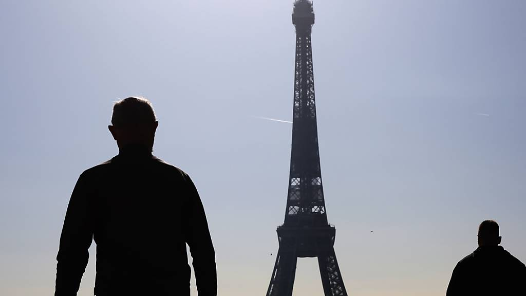 Scharfe Kritik am französischen Corona-Krisenmanagement