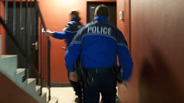 Die Lausanner Polizei bei einem Einsatz (Symbolbild)